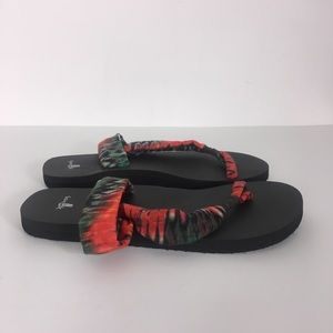 Sanuk Red and Green Tie-Dye Yoga Mat Sandals